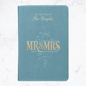 Mr & Mrs 366 Devotions for Couples