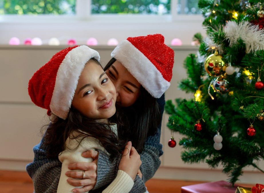 How to Help Our Hurting Kids During the Holidays
